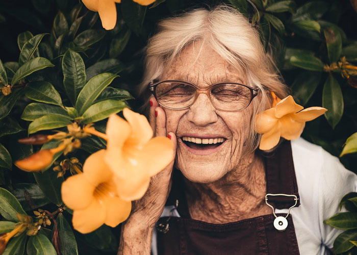 senior eye health in spring